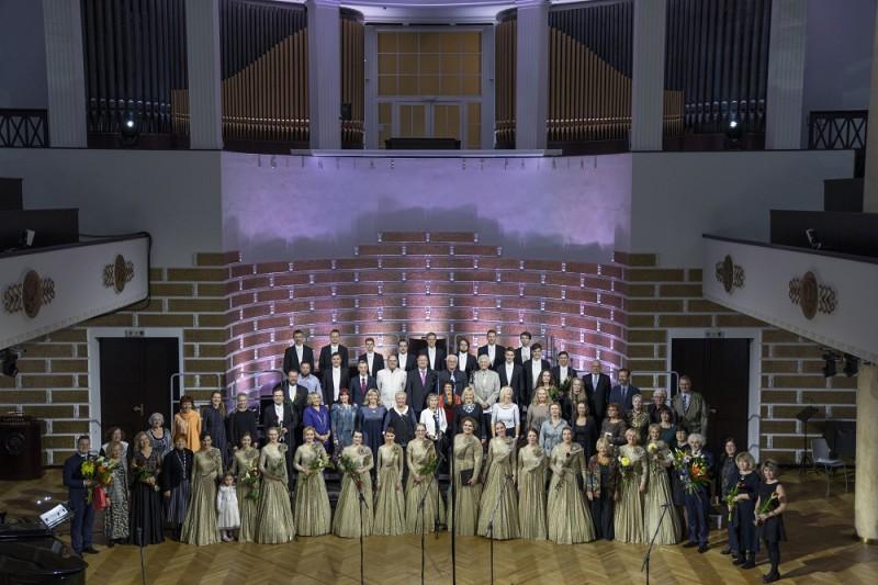"""Rīgas kamerkora """"Ave Sol"""" 50 gadu jubilejas noslēguma koncerts """"Esi sveicināta, saule!"""""""