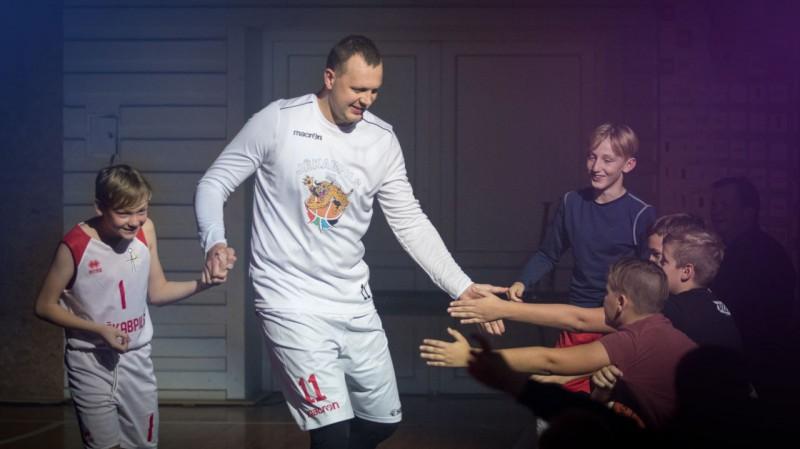 LBL2 oktobra MVP - Aleksejevs un Gūtmanis