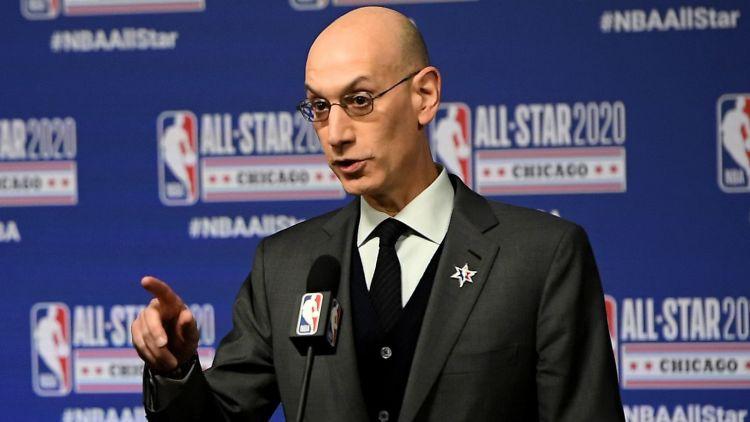 NBA burbulis pagaidām darbojas: līga ziņo par negatīviem testu rezultātiem