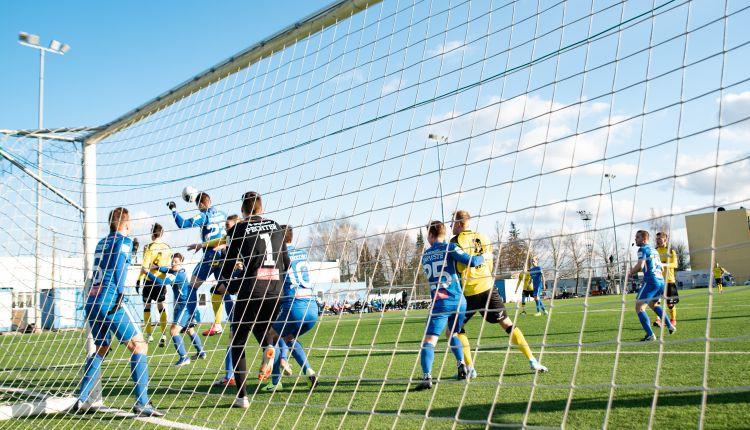 Ar trim spēlēm atsākusies Igaunijas futbola sezona