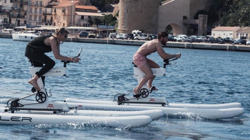 Makgregors un Monako princese dosies kopīgā izbraucienā