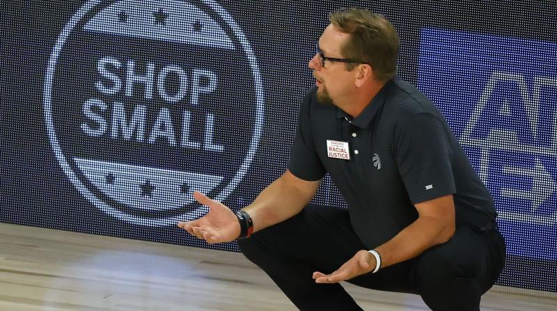"""2019. gada čempione """"Raptors"""" noslēdz jaunu līgumu ar treneri Nērsu"""