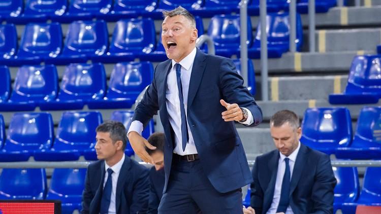 Burgosas treneris tiek izraidīts, Šmitam un Jasikēvičam pirmā uzvara ACB līgā