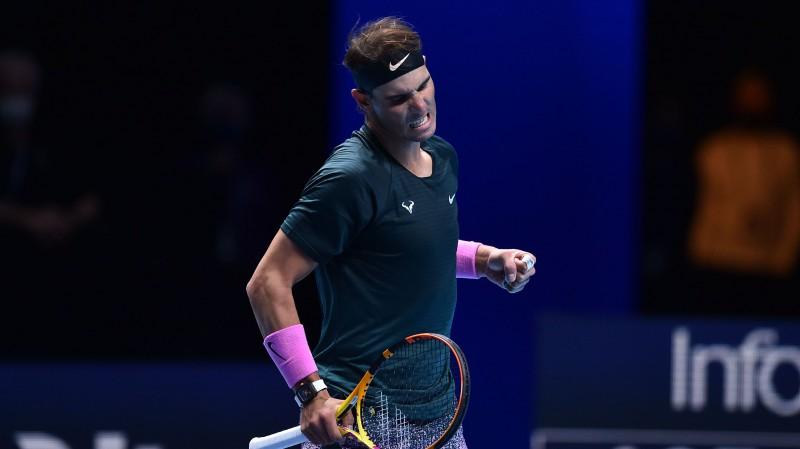 """Nadals viegli apspēlē haotisko """"ATP Finals"""" debitantu Rubļovu"""