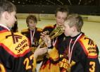 """Foto: """"P.Placēna kausu 2012"""" izcīna Ogres 1.vidusskolas hokejisti"""
