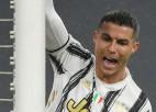 Ronaldu izrauj neizšķirtu Turīnas derbijā, ''Inter'' nostiprinās līderpozīcijā