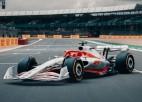 """""""Formula 1"""" prezentē 2022. gada sacīkšu mašīnu"""