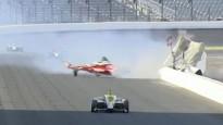 """""""Indy 500"""" noslēdzas ar milzu avāriju un Sato uzvaru"""