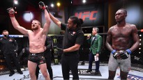 Adesanja pēc pirmā zaudējuma UFC: ''Atdzimšu kā fēnikss''