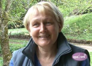 """Video: Gliemeži, lauku labumi un bērnu nometnes intervijā ar """"Kangaru"""" saimnieci Antru Gaisu"""