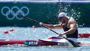 Olimpietis Akmens uzvar priekšsacīkstēs un iekļūst pasaules čempionāta pusfinālā