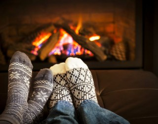 5 padomi, kā pašizolācijā saglabāt mīlestību