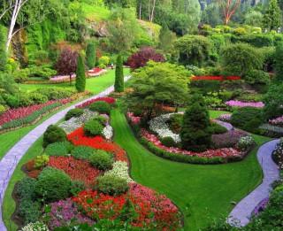 Foto: Burvīgās krāsu saspēles jeb krāšņie dārzi