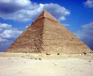 Ēģipte: Hefrena piramīda atkal atvērta tūristiem