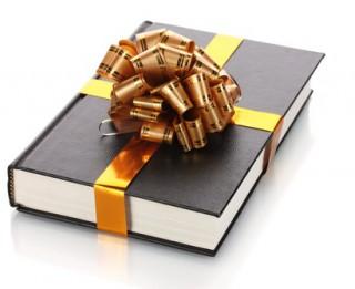 Labākā dāvana absolventam- grāmata! Kādu grāmatu uzdāvināt