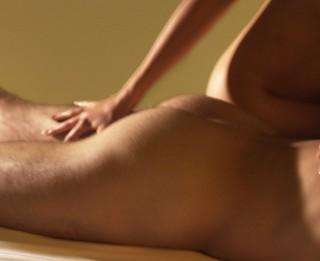 Erotiskā masāža - intīma dāvana mīļotajam cilvēkam