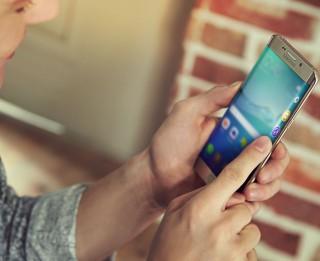 Kā aukstajā laikā pasargāt savu viedtālruni?