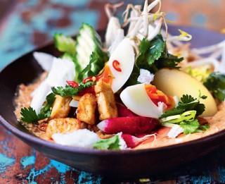 Džeimija Olivera salāti Gado-gado