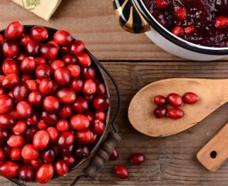 2 brīnišķīgas brūkleņu receptes taviem ziemas krājumiem