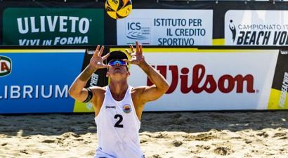 Samoilovs un Šmēdiņš Itālijas čempionāta finālposmā tiek pie bronzas