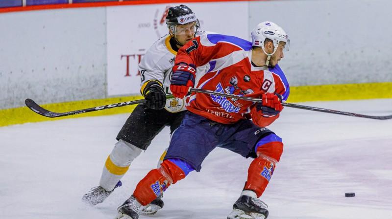 """Zemgales""/LLU kapteinis Rustams Begovs. Foto: Agris Bricis/Optibet Hokeja līga"
