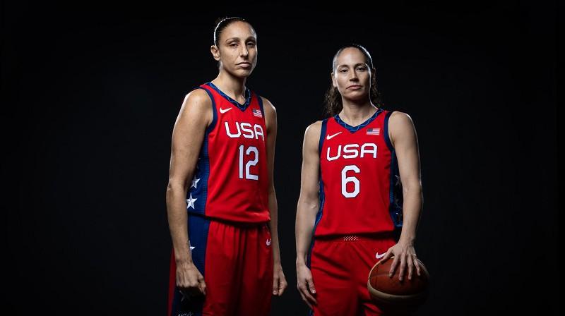 Daiana Taurasi un Sjū Bērda. Foto: FIBA