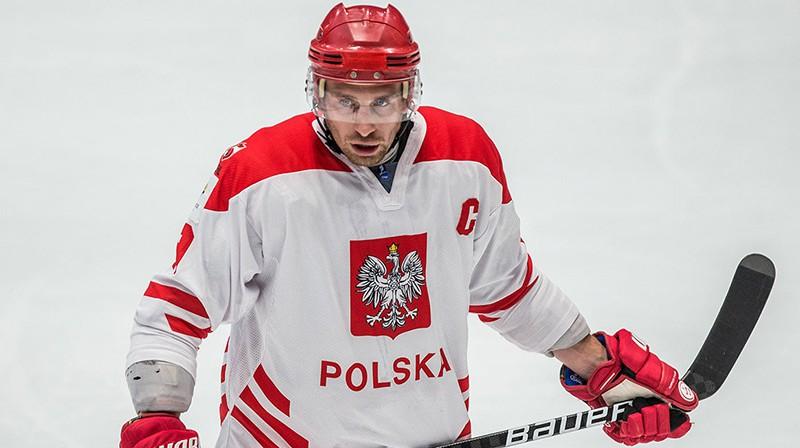 Polijas izlases kapteinis Krjstians Džiubinskis. Foto: Polski hokej