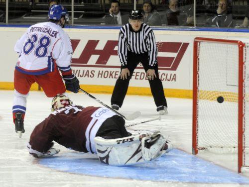 Latvija pēc varoņdarba zaudē bullīšos