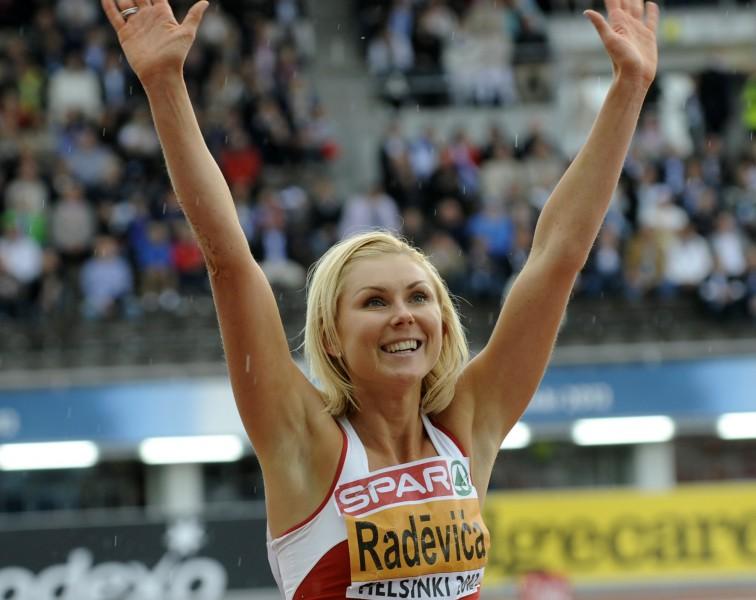 Ineta Radeviča beidz sportistes karjeru