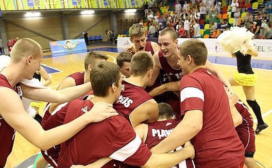 "Porziņģim ""double-double"", U18 izlase uzvar čempioni Horvātiju"