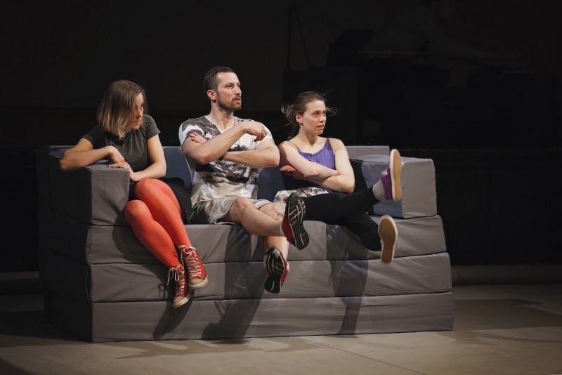 """Sestdien pēdējo reizi šogad Ģertrūdes ielas teātrī Kristīnes Brīniņas izrāde """"Noķer mani"""""""