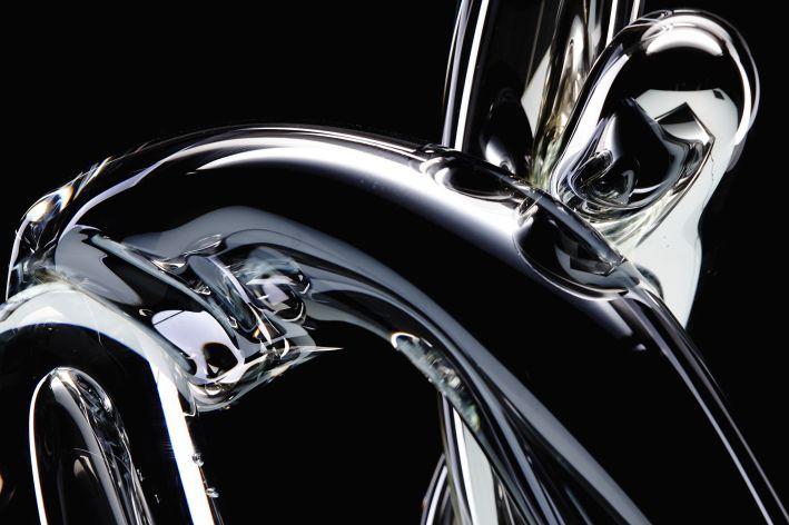"""Stikla mākslinieka un dizainera Arta Nīmaņa personālizstāde """"FRAGILE"""""""