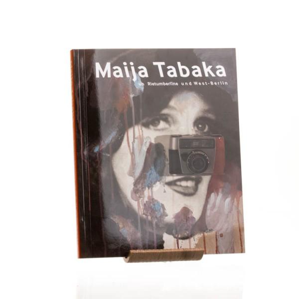 """Izdevniecībā """"Neputns"""" klajā nāk izstādes """"Maija Tabaka un Rietumberlīne"""" katalogs"""