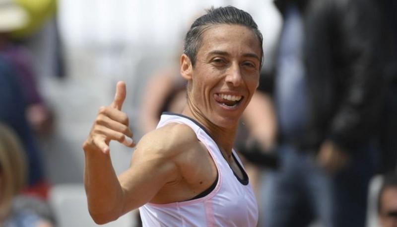 "2010. gada ""French Open"" čempione Skjavone kvalificējas pamatturnīram"