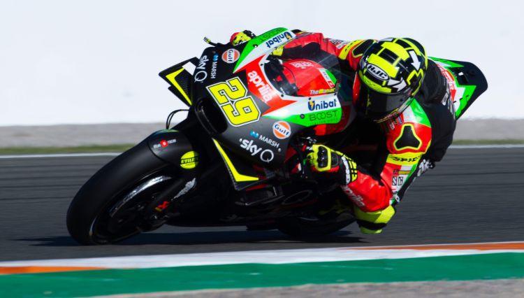 """""""MotoGP"""" dalībniekam pozitīvas dopinga analīzes"""