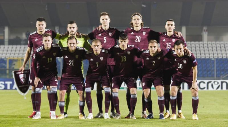 Latvijas futbola izlasē vienam spēlētājam pozitīvas Covid-19 analīzes
