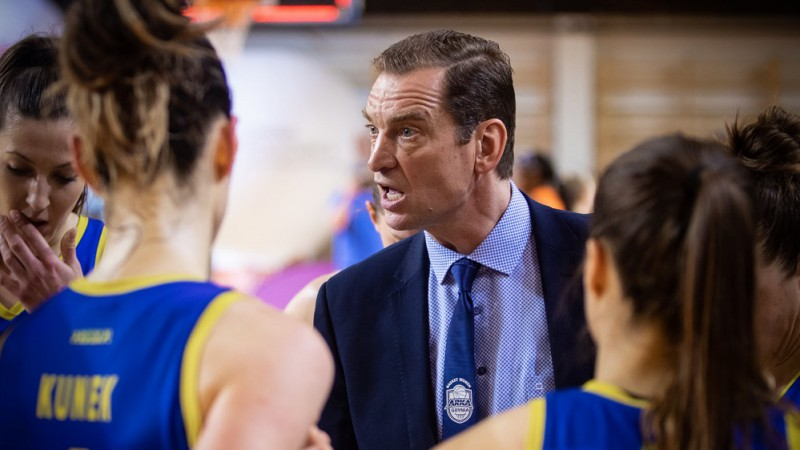 Vētra apstiprināts Latvijas sieviešu basketbola izlases galvenā trenera amatā