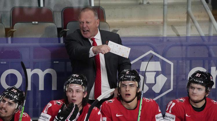 Hārtlijs paliek Omskā - ''Rangers'' par jauno galveno treneri nozīmē Gallānu