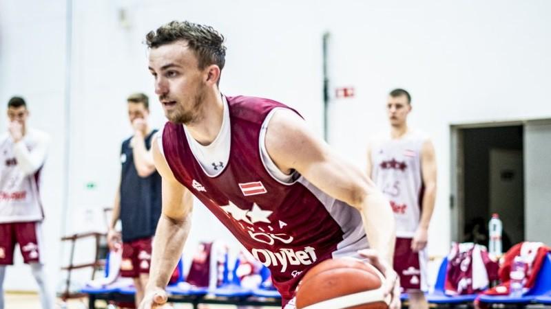 Zoriks pēdējā sekundē panāk neizšķirtu, Latvija papildlaikā zaudē Polijai