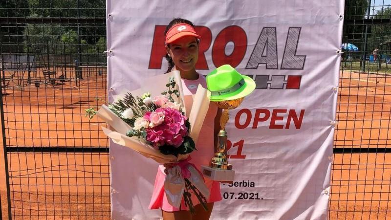 Semeņistaja finālā sagrauj mājinieci un vēlreiz uzvar ITF turnīrā Serbijā