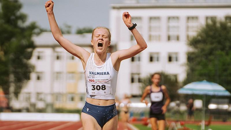 Eiropas U20 čempionātu Caune sāk ar personīgo rekordu, Sopova ielec finālā
