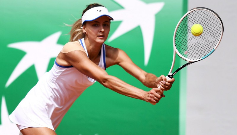 WTA tūrē vēl divas jaunas čempiones – uz Eiropas māla uzvar Kolinsa un Zaņevska