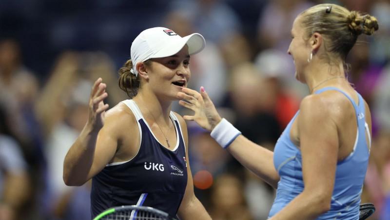 """Bārtija lielā """"US Open"""" neveiksmē divreiz neizservē maču pret Rodžersu"""