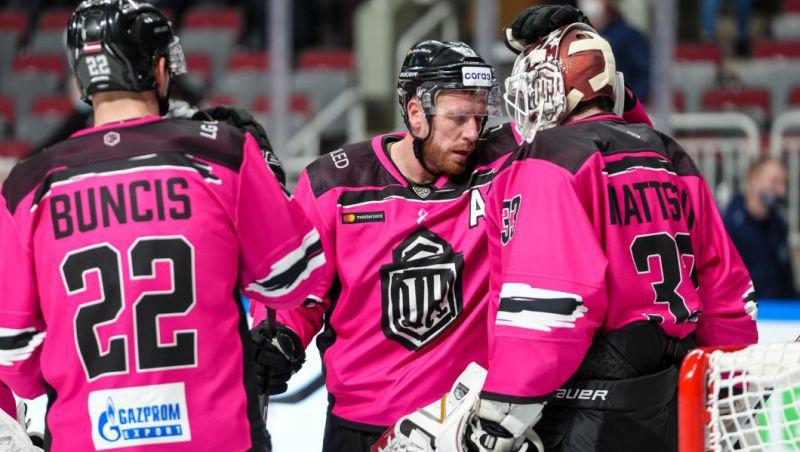 """Rīgas """"Dinamo"""" turpinās rozā kreklos un uzņems """"Neftekhimik"""""""